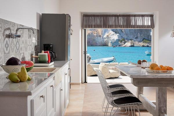 MIrmare Milos Luxury Suites